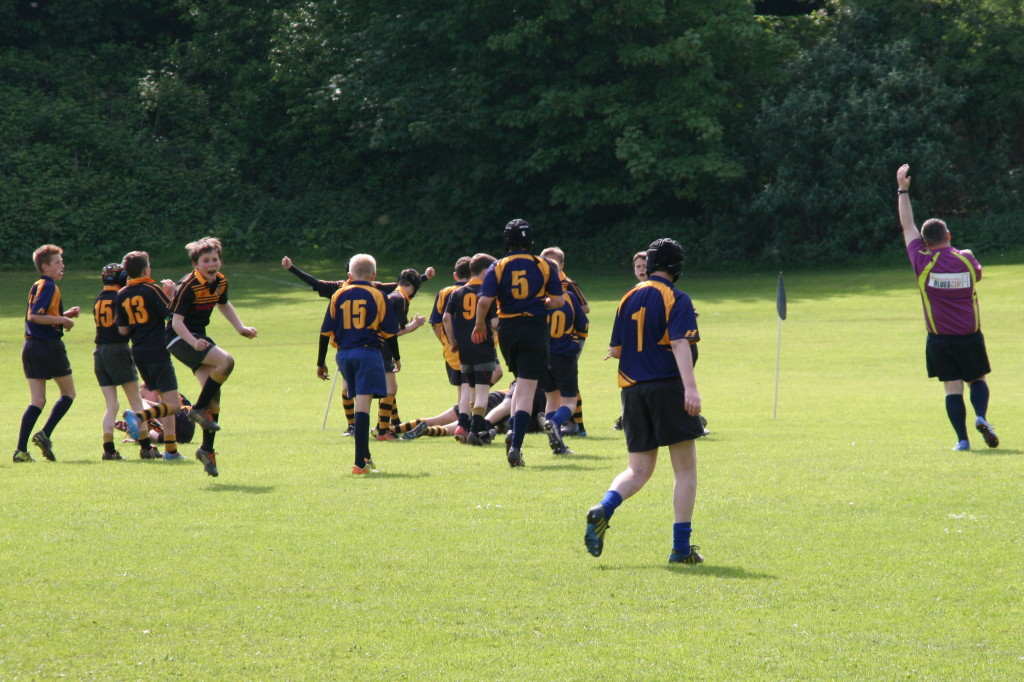 Beating Dinas